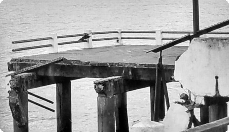 Tres pescadores cayeron al agua en Mar de Ajó al derrumbarse un tramo de un muelle
