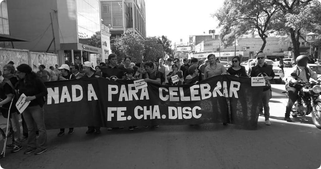 """""""Nada para celebrar"""": el Municipio participó de la marcha en el día de las personas con discapacidad"""