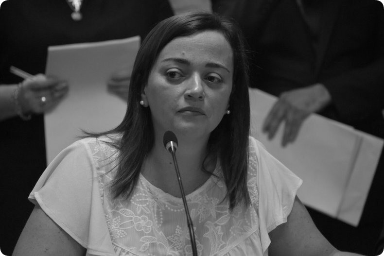"""""""La sesión se hace y, si es necesario, se hará con los ministros que eran diputados frente al intento de extorsión de Cambiemos"""""""