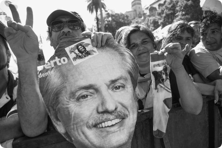 Fervor popular: todos los gremios y la calle se movilizaron tras la asunción de Alberto y Cristina