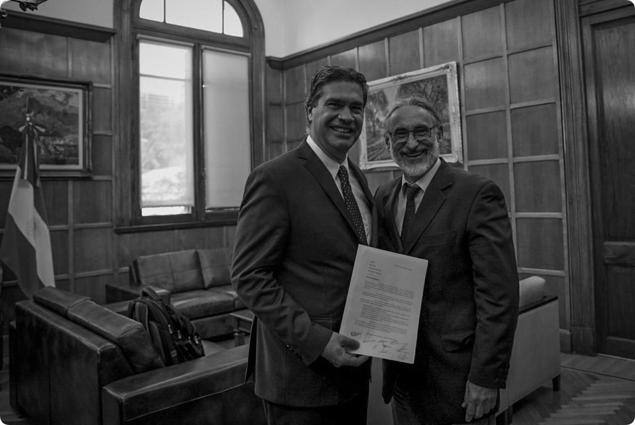 Jorge Capitanich entregó al ministro Basterra las propuestas y demandas de ruralistas chaqueños