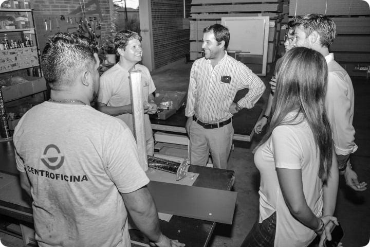 """Centroficina fabricará sillas y pupitres: """"Trabajamos con la premisa de la reactivación económica que lidera Nación"""", dijo Alfredo González"""