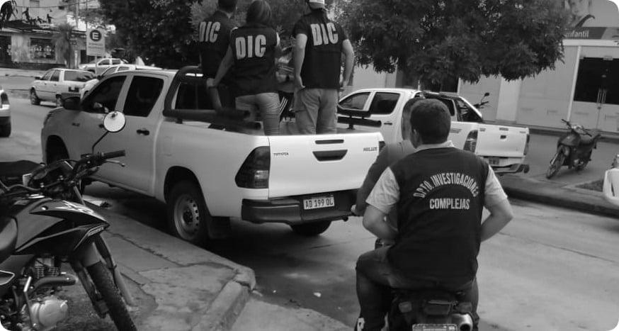 Expareja de Facundo Sampayo lo denunció por violencia de género; lo buscan hasta en Paso de la Patria