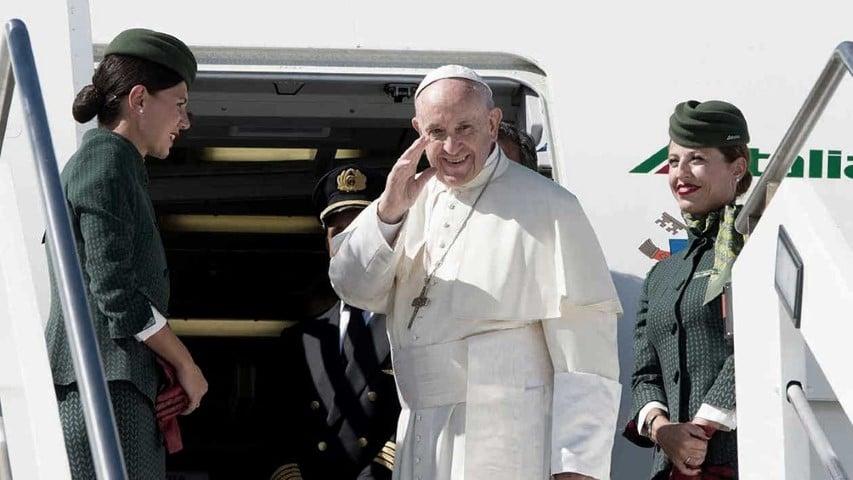 Por el coronavirus, 2020 podría ser el primer año sin viajes papales desde 1978