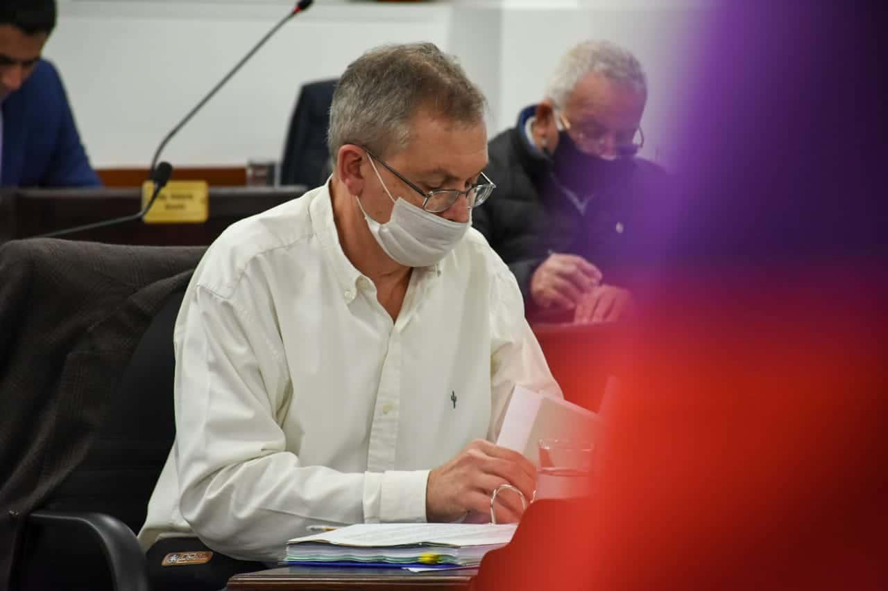 """""""Algunos diputados de la UCR se pasan haciendo literatura política pero de trabajar ni hablar"""", dijo Pedrini"""