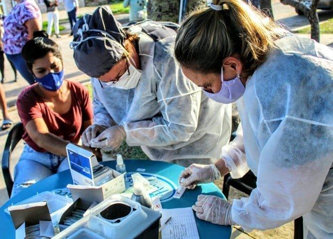 Vecinos de Fontana y Resistencia participaron del primer operativo de tests rápidos para detectar coronavirus
