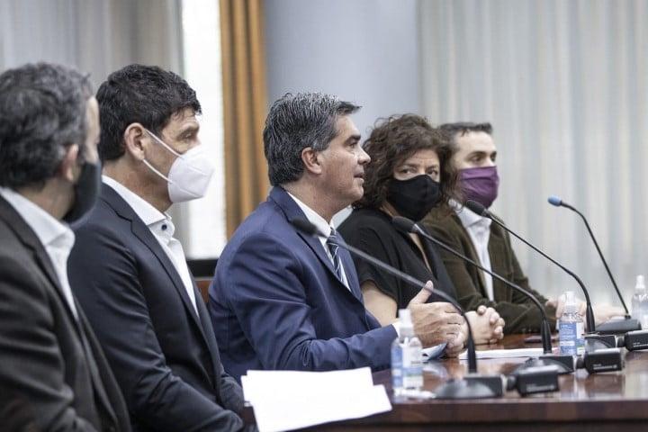 Capitanich recibió a  expertos pertenecientes al Comité de asesores de la presidencia