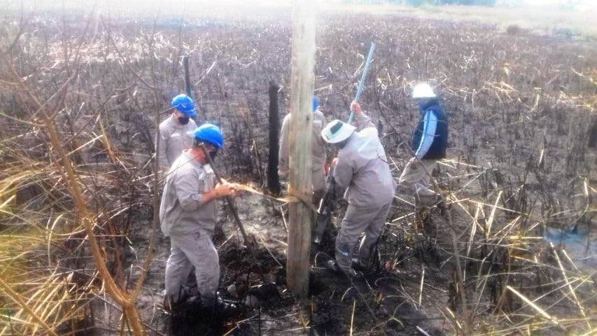 Varios incendios rurales afectaron la red eléctrica