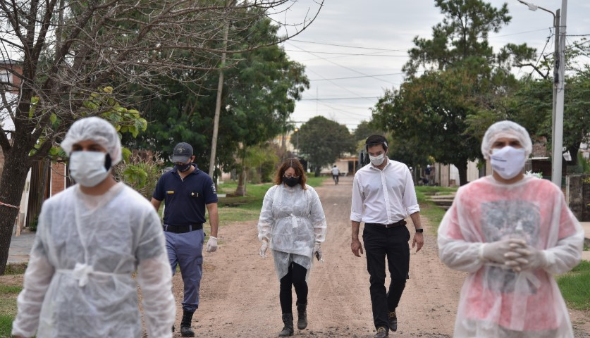 El Gobierno realiza operativos de prevención en viviendas y comercios de Resistencia