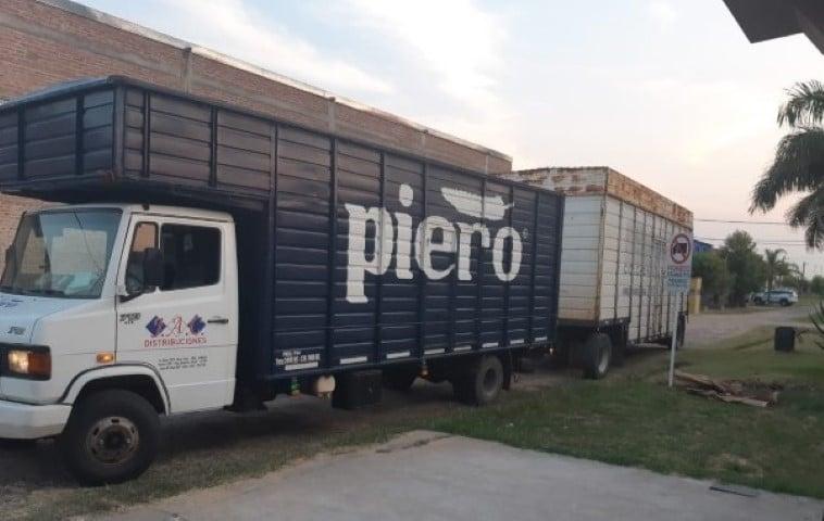 Camiones de Piero rompen calles y desagües y los vecinos no logran que la municipalidad de Resistencia haga nada