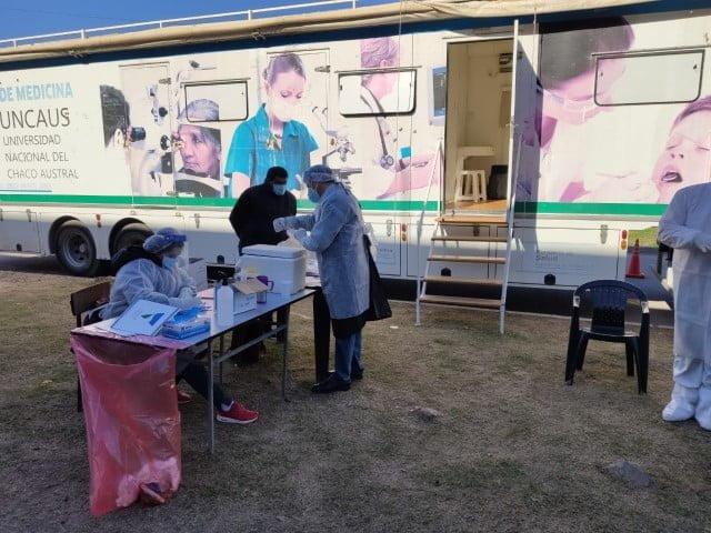 Salud Pública realizó rastrillaje epidemiológico en el barrio Monseñor Carlo de Sáenz Peña