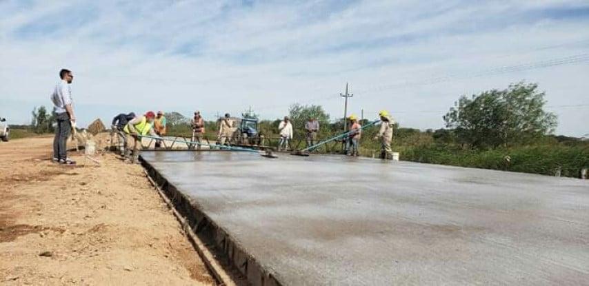 Pavimento: se retomaron los trabajos en la ruta provincial N°1 y en Barranqueras se iniciaron dos obras de 50 cuadras