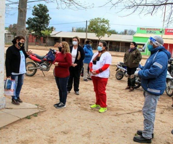 Autoridades sanitarias estuvieron en El Sauzalito para verificar las condiciones en que trabajan en el hospital