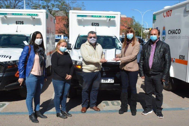 Salud Pública entregó ambulancias para siete localidades