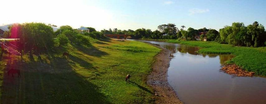 """""""El mundo está preocupado en defender los humedales, pero en Resistencia discutimos cómo los vamos a ocupar"""", criticó urbanista de la UNNE"""
