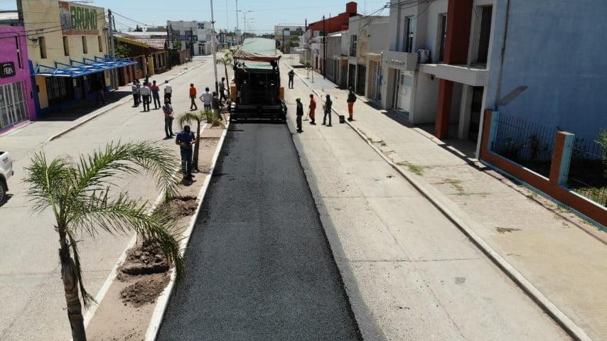 Avanzan las obras de repavimentación en el acceso a Pinedo