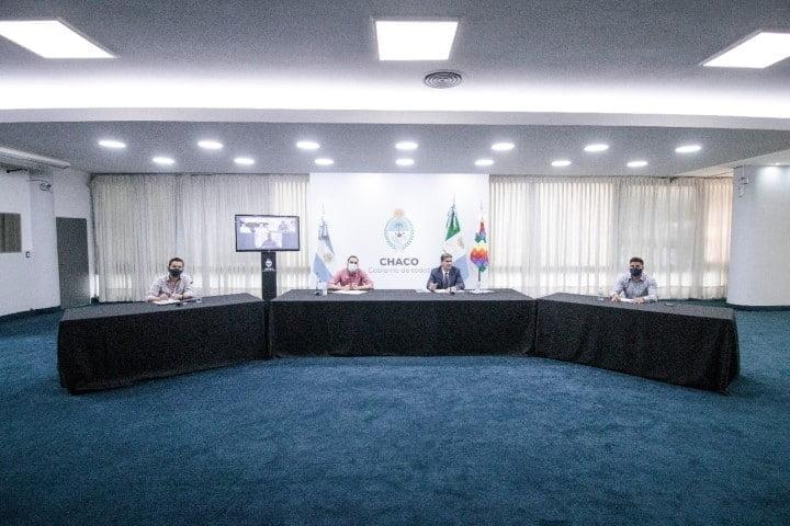 El gobernador y autoridades de nación analizaron estrategias de inversión para la generación de energía sustentable en Chaco