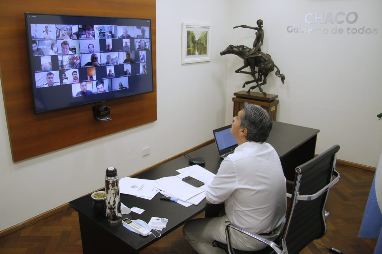Universalización de Internet para 2023: el objetivo trazado por Capitanich, entes de comunicaciones y empresarios