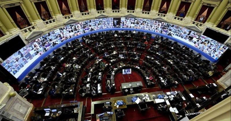 Luego de más de 18 horas de debate, diputados aprueba el presupuesto 2021 por amplia mayoría