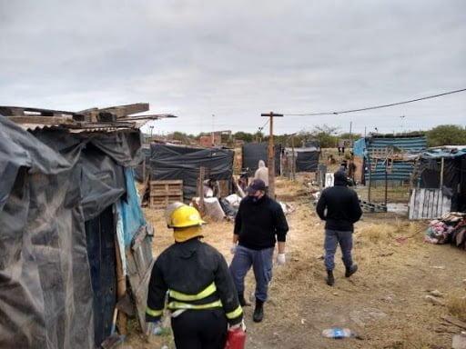 Diputados proponen suspender los desalojos hasta el cese definitivo de la emergencia sanitaria