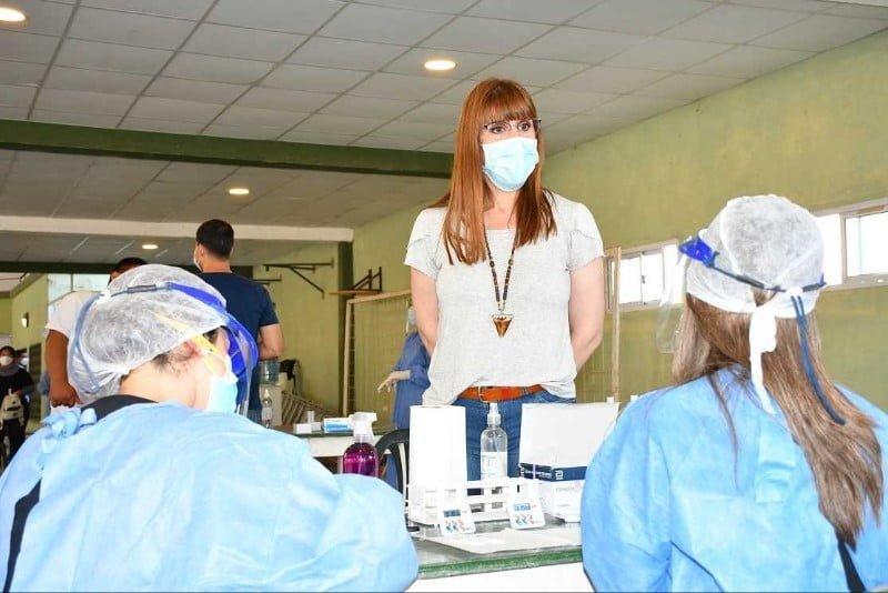 Coronavirus: el primer tramo de vacunación en la provincia abarcará a 250 mil personas