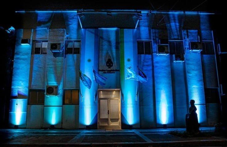 La Legislatura se iluminó de azul turquesa en adhesión al Día Mundial de la Diabetes