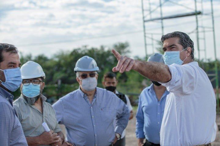 El gobernador visitó nueva planta de metalúrgica en Fontana y entregó promociones industriales