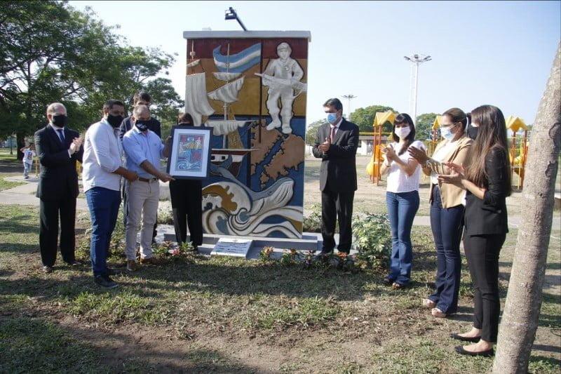 En el Día de la Soberanía Nacional Capitanich inauguró un mural que homenajea a los héroes de Malvinas
