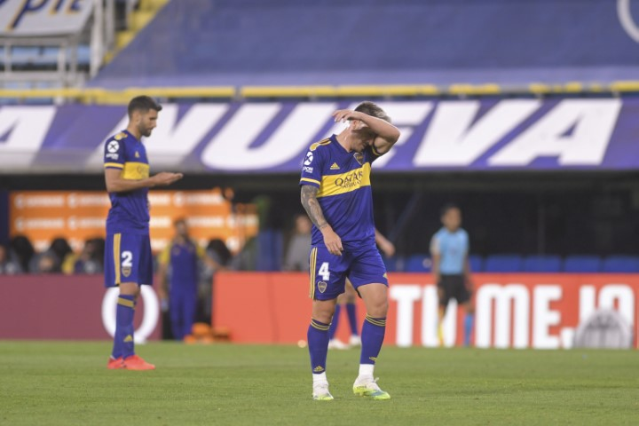 En caída libre: Boca perdió 2-1 con Lanús y suma su segunda derrota consecutiva en la Copa de la Liga