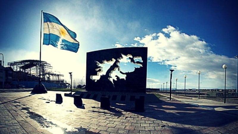 En conmemoración de los 200 años del primer izamiento en Malvinas se realizarán actos en todo el país y se lanzará el Consejo Nacional