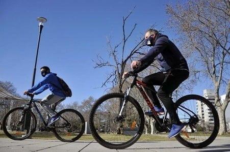 Desde la llegada de la pandemia, la bicicleta es el medio de transporte más usado en el país