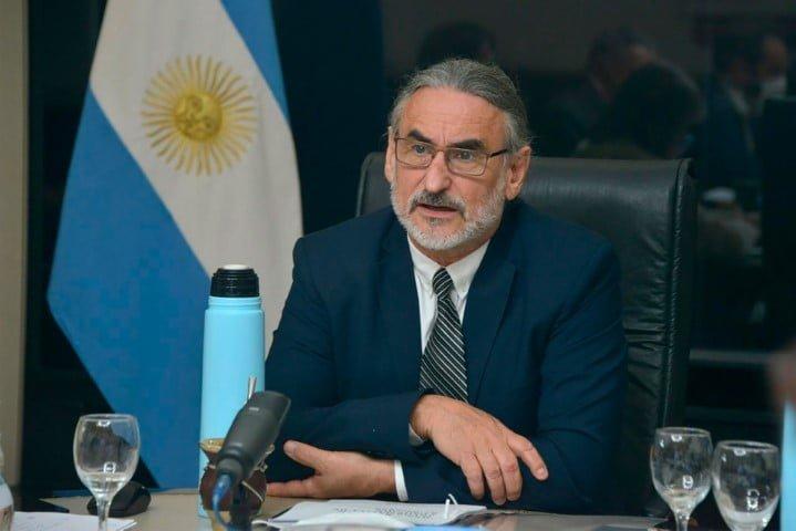 """Compensación a pequeños productores: """"Corrige un manejo absolutamente irresponsable de los recursos del Estado"""", dijo Basterra"""