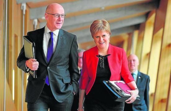 """La lideresa de Escocia afirma que """"están preparados"""" para independizarse del Reino Unido"""