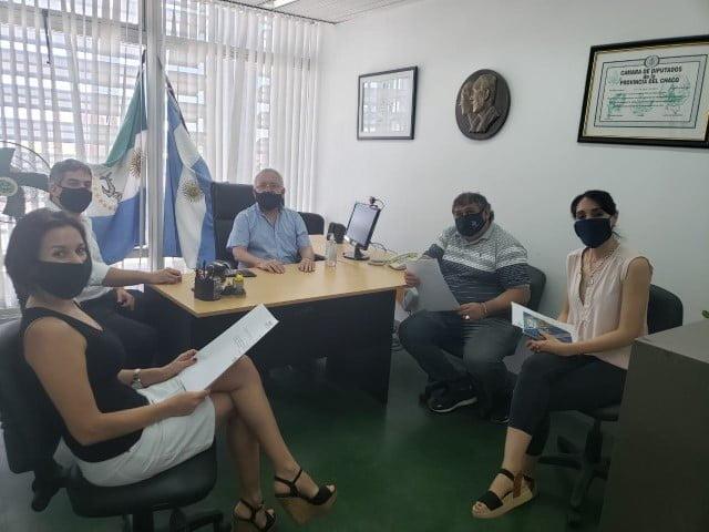 Slimel y Paredes se reunieron con representantes de gremios del Puerto de Barranqueras