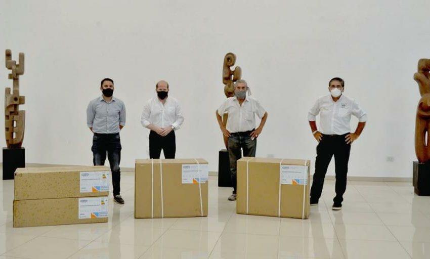 La Provincia entregó dos equipos de aire acondicionado al museo Humberto Gómez Lollo