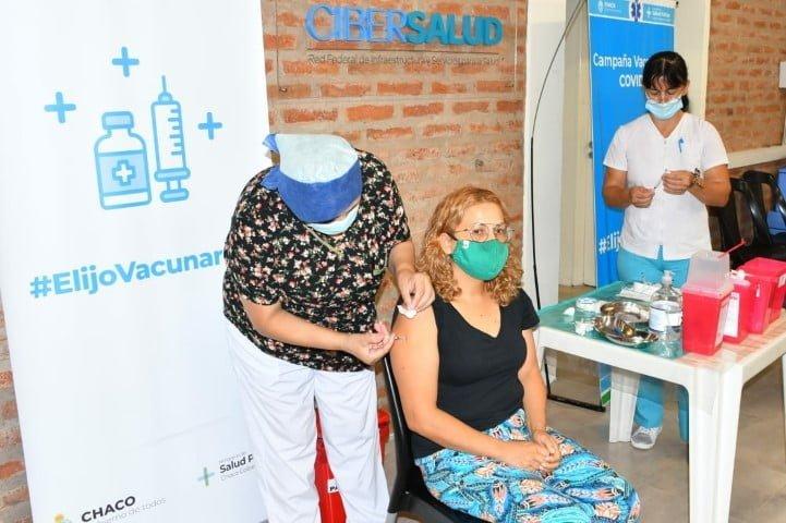 Covid-19: más de 3700 personas con factores de riesgo se inscribieron para recibir la vacuna