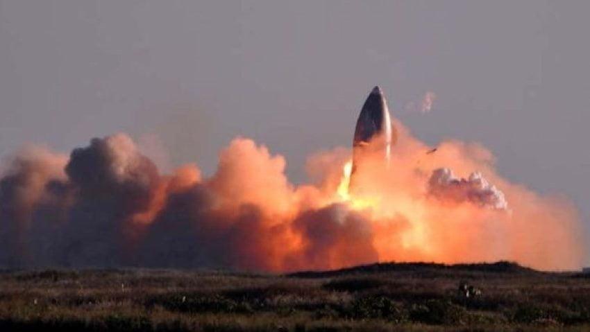 Video: en un vuelo de prueba, estalló el nuevo cohete de la empresa de Elon Musk