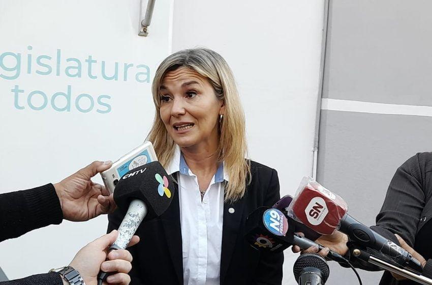 """Daniela Torrente: """"Sostuvimos durante toda la interpelación que nuestro compromiso es con la educación pública""""¨"""