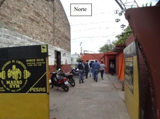 Club Unión y Fuerza: el acusado de usurparlo construyó una pieza en la cancha de pádel, una vivienda familiar y hasta una peluquería