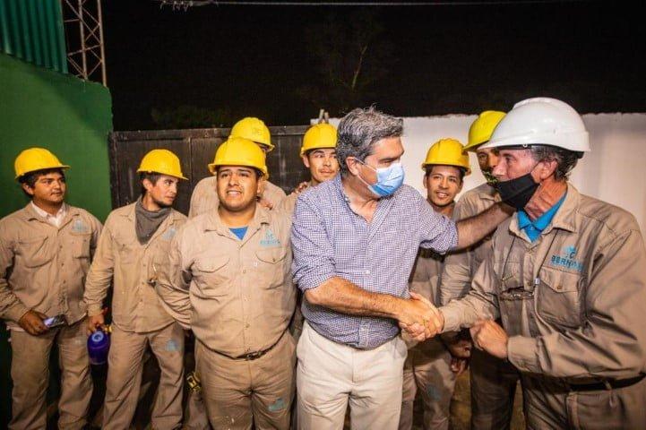 Isla del Cerrito: Capitanich inauguró un nuevo playón deportivo y recorrió diversas obras